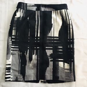 Banana Republic Patterned Linen Blend Pencil Skirt